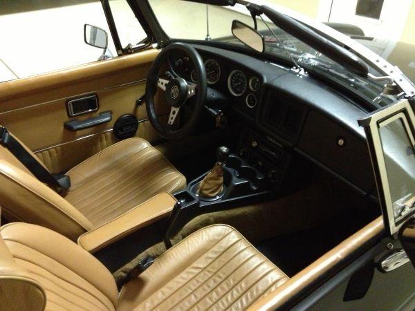 MG B 1980 Noire