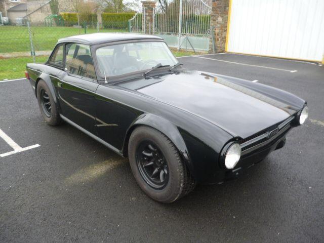 Triumph TR6 Noire